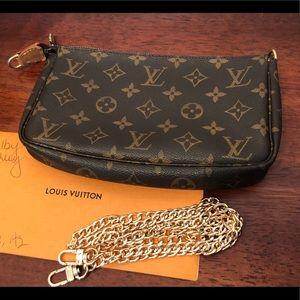 Louis Vuitton Pochette Accessoires Authentic